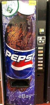 Soda vending machine model 276
