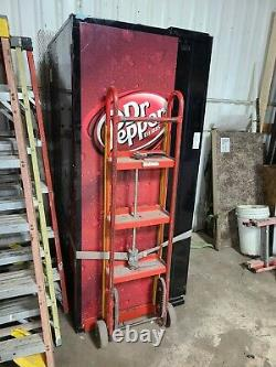 USED Dixie-Narco Dr. Pepper Soda POP Vending Machine Bills/Coins Flat Front