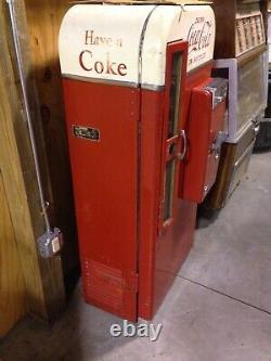 Unrestored Vendo 81 Coke Machine