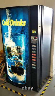 VENDING MACHINE, SODA / Bottle