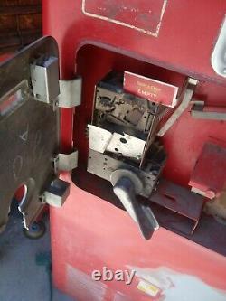 VENDO VMC33 VINTAGE COKE MACHINE-1950's Working