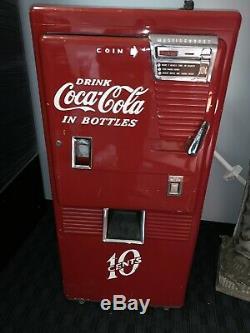 VINTAGE 1950S VENDO COKE VENDING MACHINE 10 cents