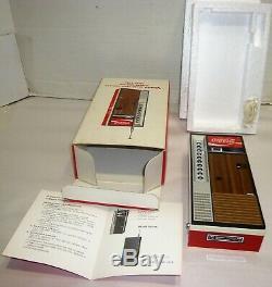 VINTAGE COCA-COLA COKE VENDING MACHINE FM/AM 9 TRANSISTOR RADIO A. F. C. WithBOX