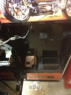 VINTAGE, COKE, Harley Davison vendo 1960 VENDING. MACHINE, RESTORED Mancave