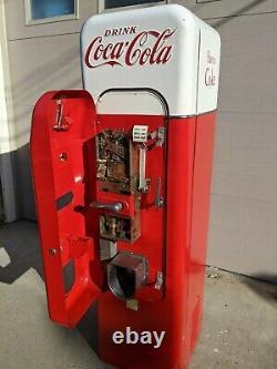 VMC 44 Coca Cola Coke Machine Vendo 81 56 pepsi 7up will ship