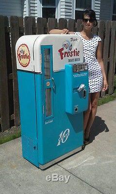 VMC Frosty Rootbeer Coca Cola Coke machines Vendo 81 B Cavalier 72 PRO Restorer