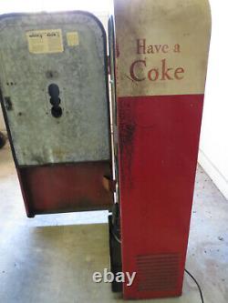 Vendo 39 Coke Machine