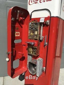 Vendo 44 Coca Cola Coke Soda Machine Original Condition Gets Ice Cold