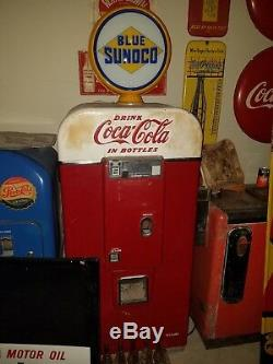Vendo 80 Coke machine