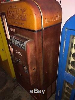Vendo 81 D Coca Cola Coke machine Original WILL SHIP! Works perfect