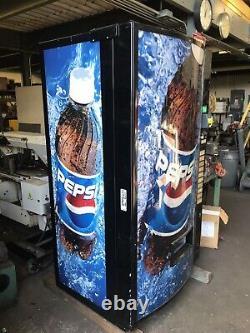 Vendo Pepsi Bubble Front Multi Price 10 Select Soda Vending Machine