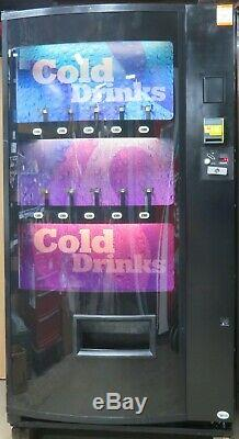 Vendo Soda Can/Bottle Drink Vending Machine With Credit Card Reader