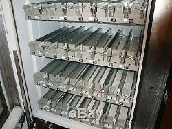 Vendo Vue 40 Glass Front Soda Vending Machine Pepsi/Coke Refurbished