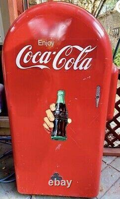 Vintage 1940s Jacobs 26 Coca Cola Coke Vending Machine