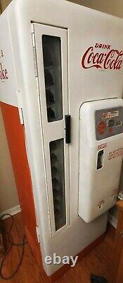 Vintage Cavalier Coca Cola Coke 96 Machine working beautifully (larger than 72)