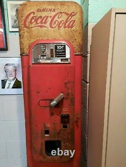 Vintage Coca Cola Machine VMC, Vendo 44 Soda Machine