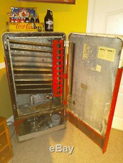 Vintage Coca-Cola Machine Vendo 110D Good Shape, Working