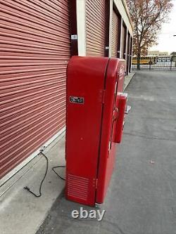 Vintage Coca Cola Machine Vendo 81A
