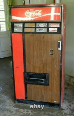 Vintage Coca-Cola Vending Machine Model V125 from the 1970's
