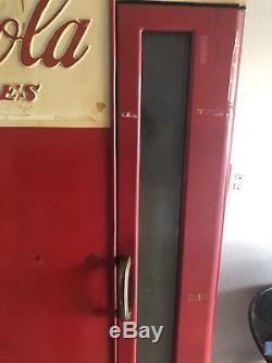 Vintage Collectible Vendo Model E110 Coke Machine