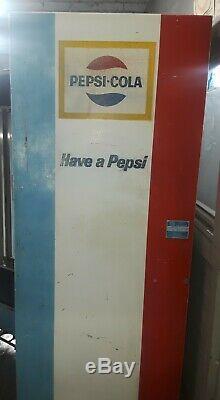 Vintage Pepsi Machine Choice Vend Vub/c 9-81 Coin Op Vending