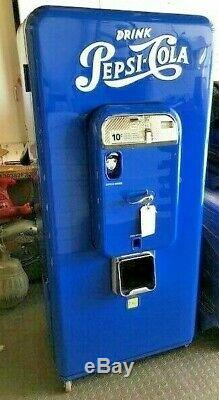 Vintage Pepsi Machine VMC 88 Lots Of ChromeMuseum Quality