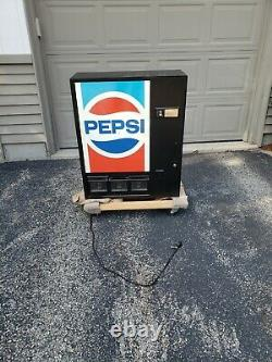 Vintage Tabletop Pepsi Machine Full Size Can Dispenser withLocking Cabinet Stand