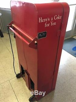 Vintage VENDO VMC 33 Coca Cola 10 Cent Coin Operated Vending Coke Soda Machine