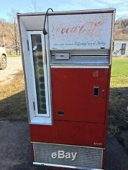Vintage Vendo Coke Coca Cola Machine Dispenses Bottles Man cave Store