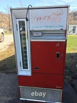 Vintage Vendo Coke Coca Cola Machine Dispenses Bottles Man cave Store
