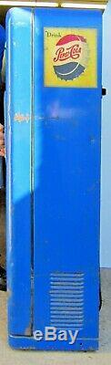 Vintage Vendo Pepsi Machine