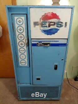 Vintage Vendorlator Pepsi Machine Model-VFA56B-A. PRICE REDUCED! Must selll