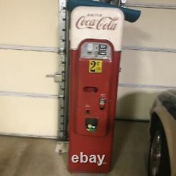 Vintage coca cola vending machine