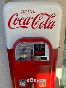 Wurlitzer Replica Vendo 44 Coca Cola Vending Machine